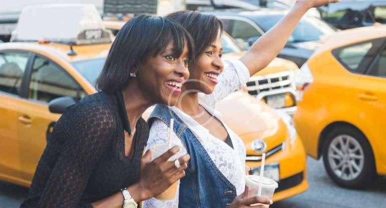 5 Advantages of Using a Cab Service